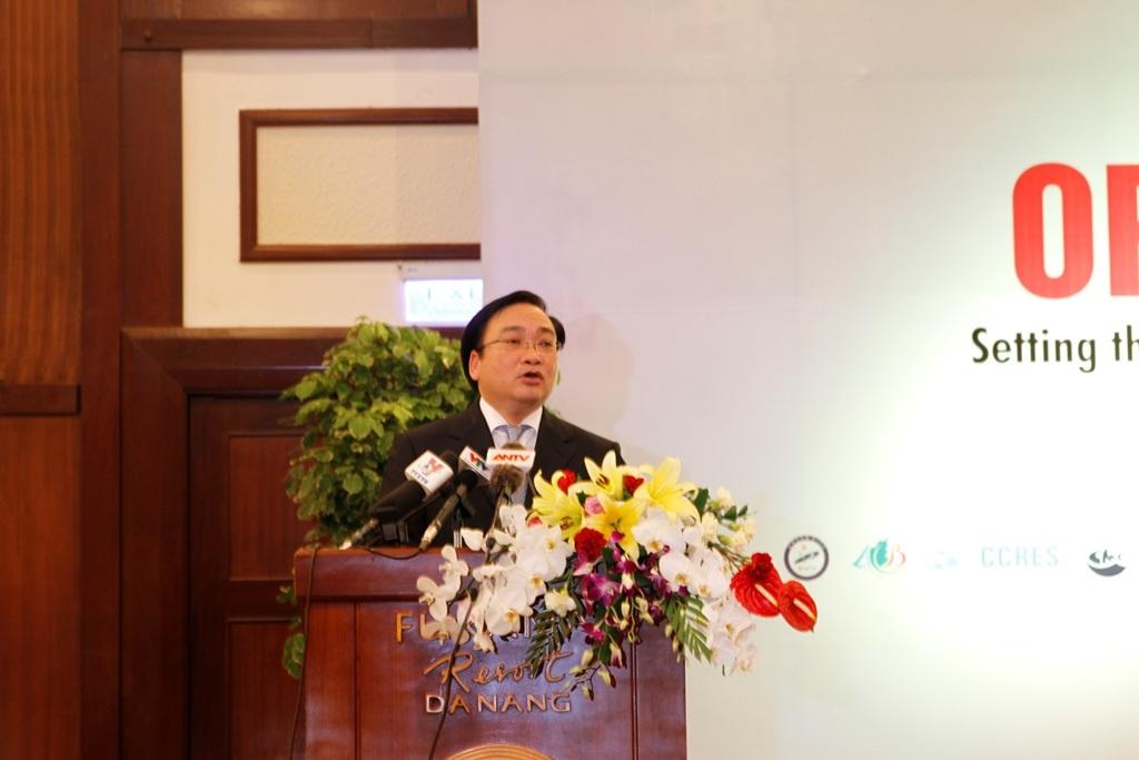 Phó Thủ tướng Hoàng Trung Hải phát biểu tại đại hội