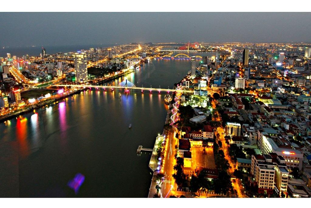 Sông Hàn về đêm của tác giả Ông Văn Sinh