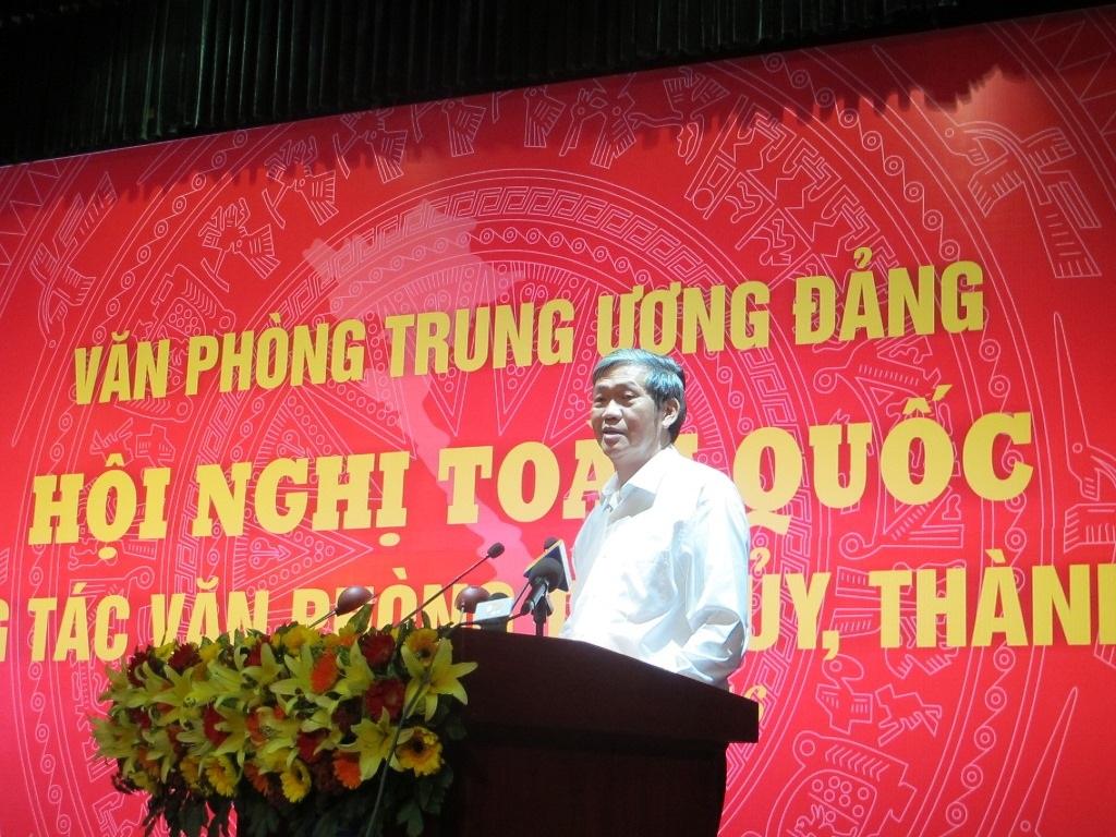 Ông Đinh Thế Huynh, Uỷ viên Bộ Chính trị, Thường trực Ban Bí thư phát biểu tại hội nghị