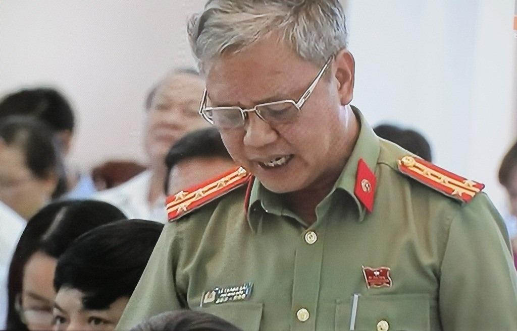 Đại biểu Lê Thanh Hải phát biểu tại phiên thảo luận
