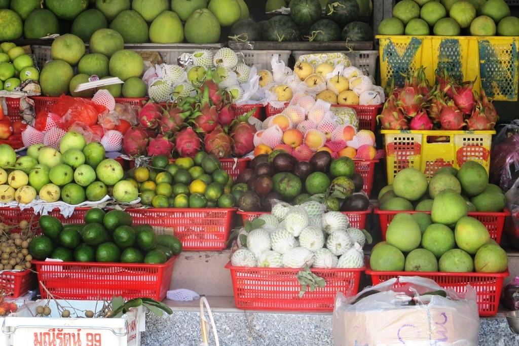 Các loại trái cây đều tăng giá so với ngày thường