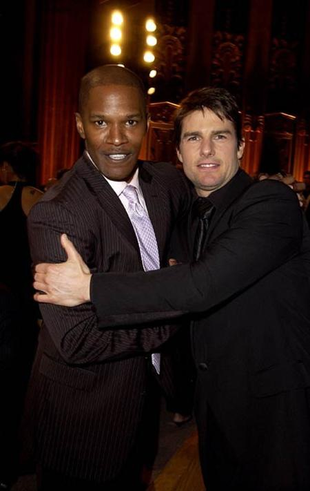 Vợ cũ Tom Cruise đội tóc giả để đi hẹn hò bạn trai - 3