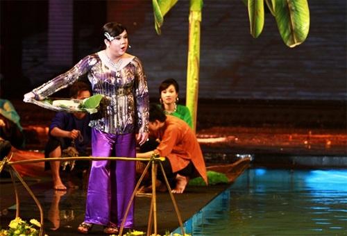 Nét diễn duyên của Gia Bảo cũng để lại ấn tượng cho khán giả.