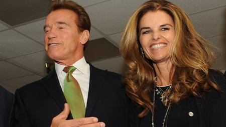 """Arnold Schwarzenegger và Maria Shriver từng là đôi vợ chồng giàu có, nổi tiếng và cực kỳ gắn bó. Cả hai đã có 25 năm đời sống hôn nhân khiến người người ngưỡng mộ, cho đến khi những scandal ngoại tình của """"kẻ hủy diệt"""" bị mang ra ngoài ánh sáng vào năm 2011."""