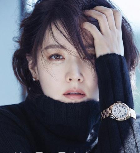 """Nàng """"Dae Jang-geum"""" trông khác lạ với mái tóc ngắn"""