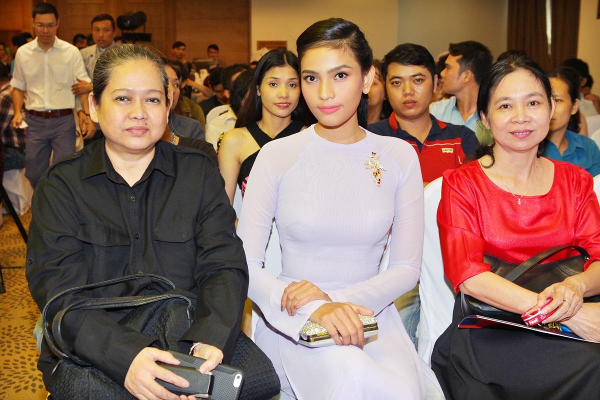 Trong chương trình lần này, Trương Thị May tiếp tục xuất hiện cùng mẹ.Trương Thị May cũng chia sẻ, cô luôn biết ơn vì mẹ đã định hướng cho cô khi tích cực tham gia những chương trình thiện nguyện ý nghĩa.