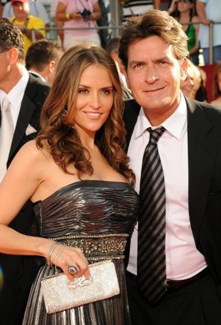 Charlie Sheen bị lộ cả clip nóng với vợ cũ Brooke Mueller