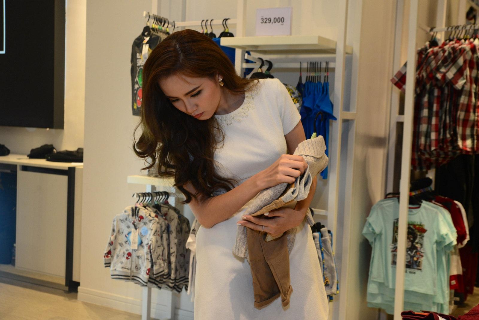Hoa hậu Diễm Hương bất ngờ xuất hiện tại sự kiện trước ngày cưới - 3
