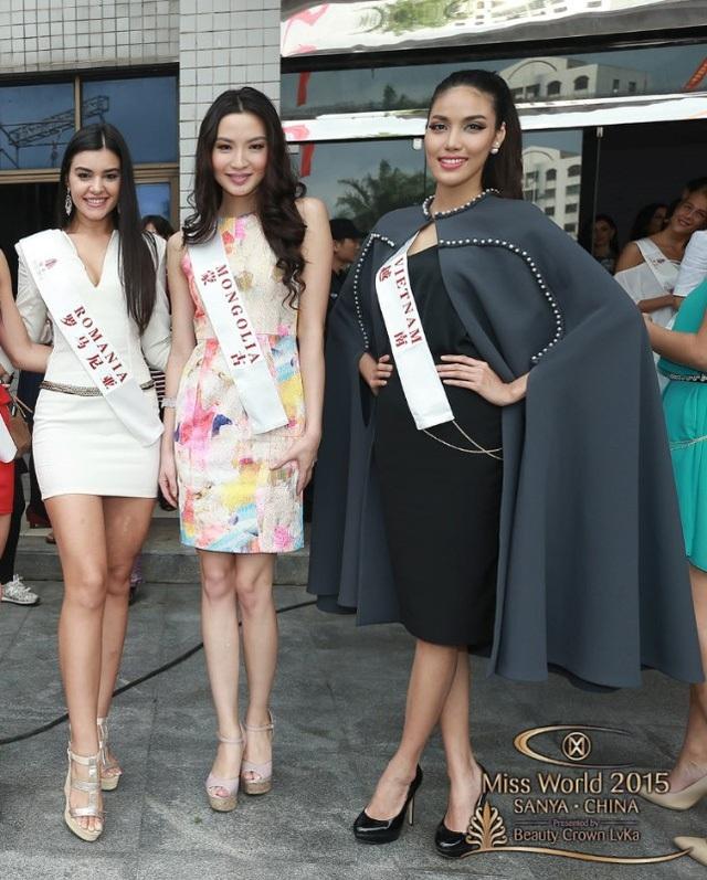 Lan Khuê tham dự một sự kiện trong khuôn khổ cuộc thi hoa hậu thế giới diễn ra ngày 29/11 tại Trung Quốc.