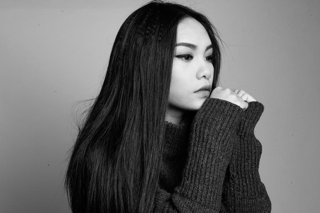 """Vũ Thảo My """"táo bạo"""" cover hit của đàn chị - 2"""