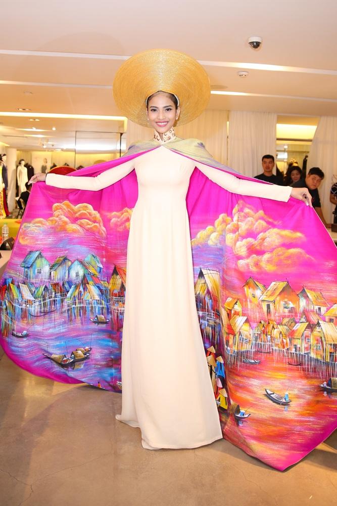 Trương Thị May, á hậu Hoàn vũ Lệ Hằng lộng lẫy với áo dài - 8