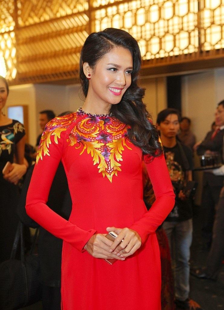 Người đẹp Việt lộng lẫy với áo dài - 13