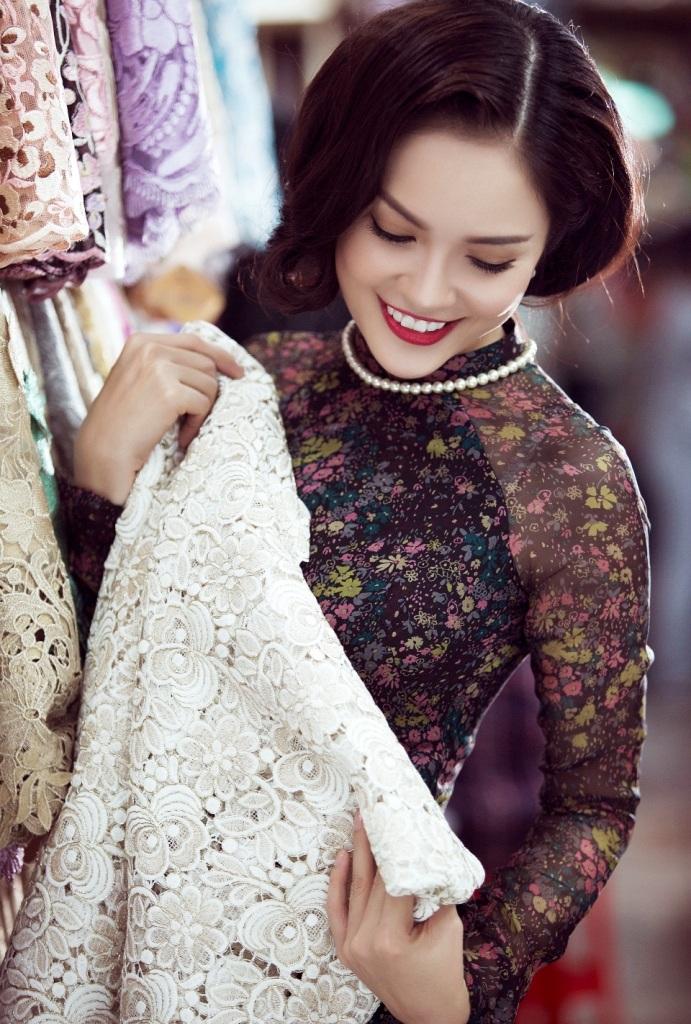 Dương Cẩm Lynh e ấp trong tà áo dài du xuân - 5