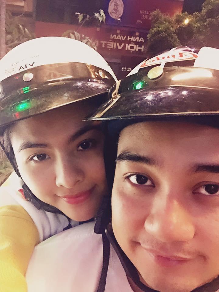 Vân Trang khoe ảnh du xuân cùng chồng trong năm mới. Nữ diễn viên vừa kết hôn vào tháng 1 năm nay.