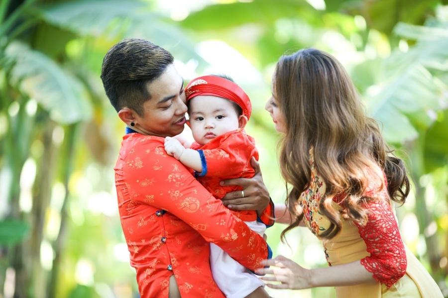 Khánh Thi - Phan Hiển du xuân cùng con trai - 3