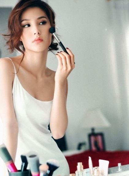 Diễm My có một bước ngoặc trong sự nghiệp diễn xuất với vai Linh San - người phụ nữ 30 thành đạt nhưng đang đứng trước nguy cơ không có con.