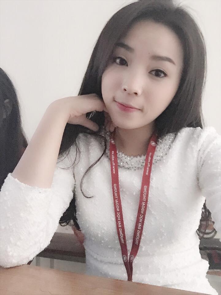 Tuy không có nét đẹp sắc xảo như những người đẹp khác nhưng Kỳ Duyên vẫn sở hữu một làn da khá trắng trẻo, mịn màng và rất ưa nhìn. Nhan sắc của cô cũng không quá khác lạ khi không trang điểm.