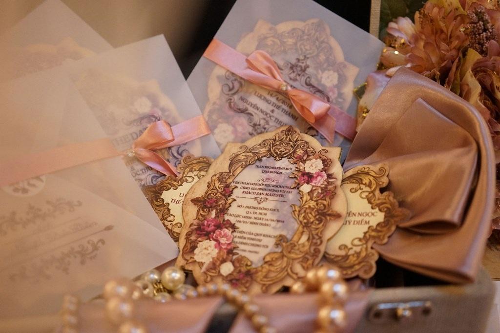 Lộ diện thiệp cưới đẹp như cổ tích của Lương Thế Thành và Thúy Diễm - 3