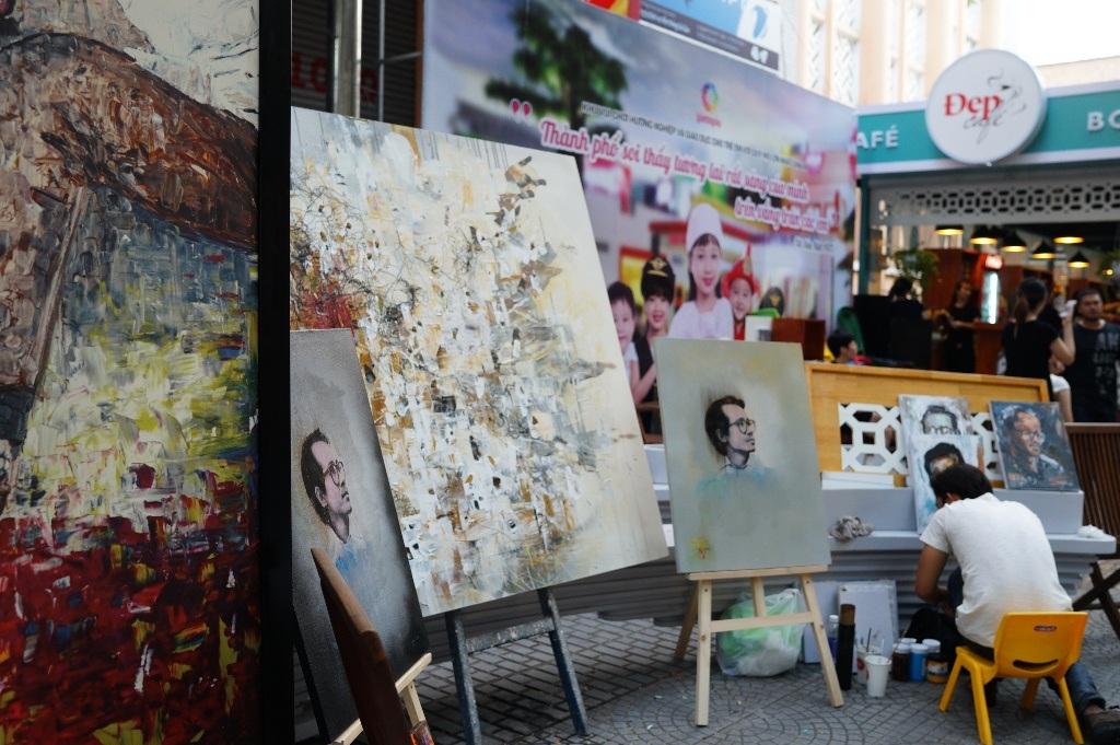 Hồng Nhung và 2 con biểu diễn thời trang khai mạc Tuần lễ Trịnh Công Sơn - 13