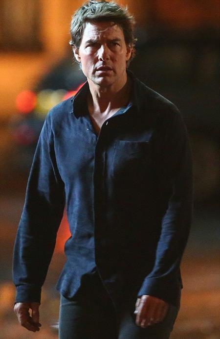 """Tom Cruise như người mất hồn trong một cảnh quay phim """"The Mummy"""""""