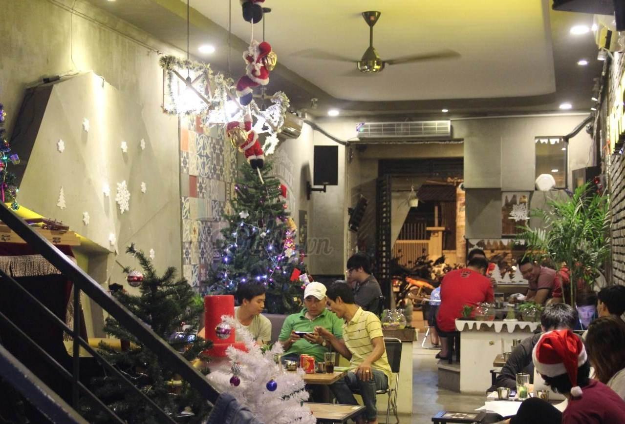 Sài Gòn cuối tuần... Thức đêm cùng Sài Gòn - 3
