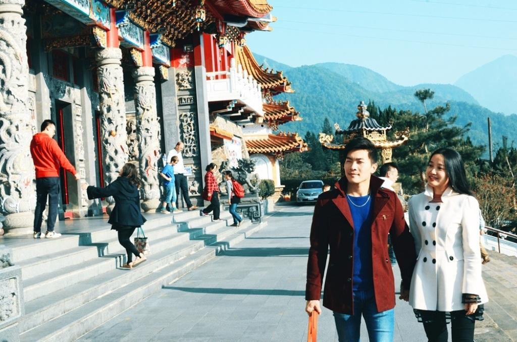 Quốc Cơ - Hồng Phượng khoe ảnh tuần trăng mật lung linh tại Đài Loan - 6