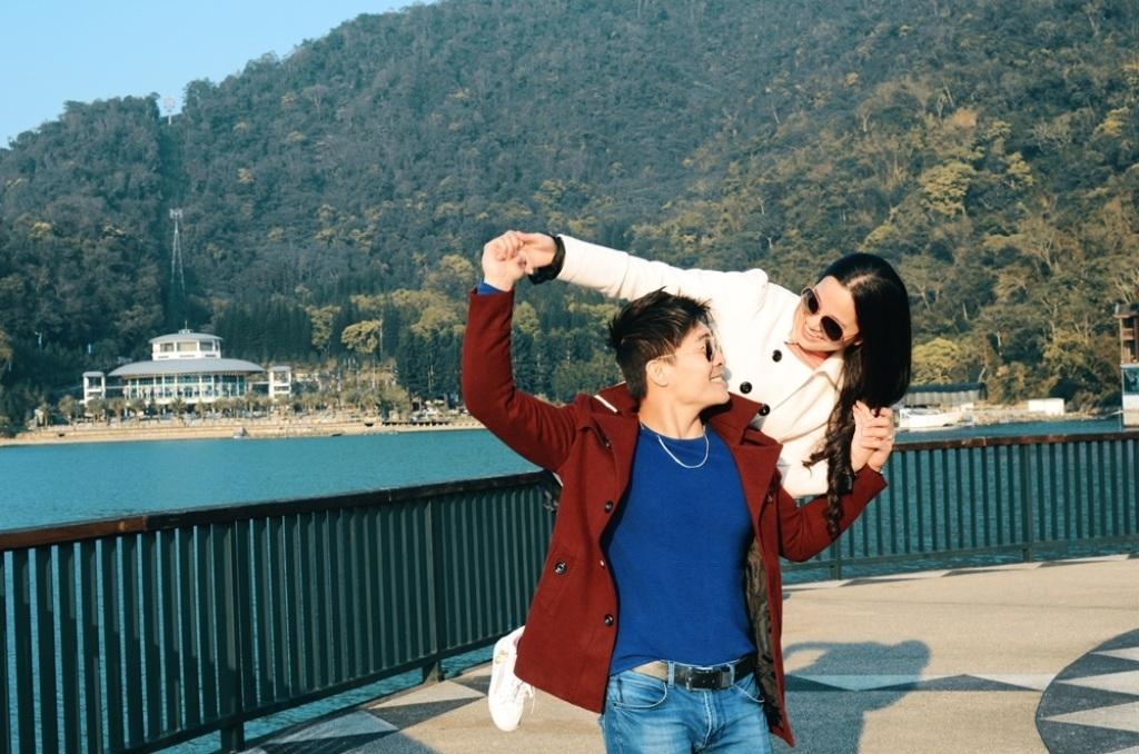 Quốc Cơ - Hồng Phượng khoe ảnh tuần trăng mật lung linh tại Đài Loan - 5