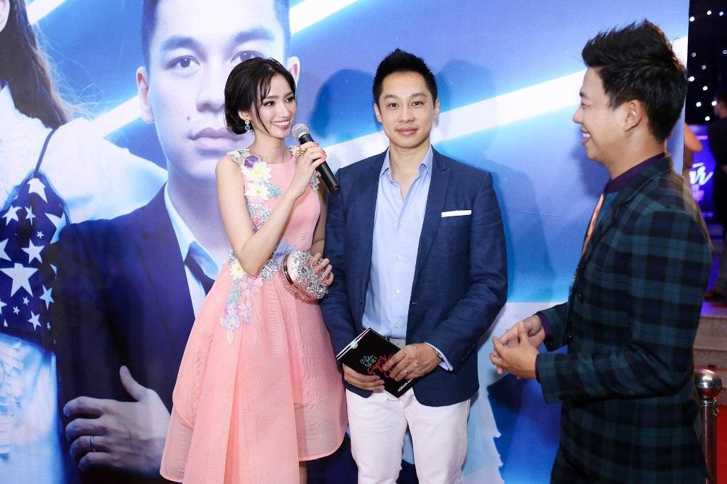Angela Phương Trinh bất ngờ diện váy xuyên thấu táo bạo - 9