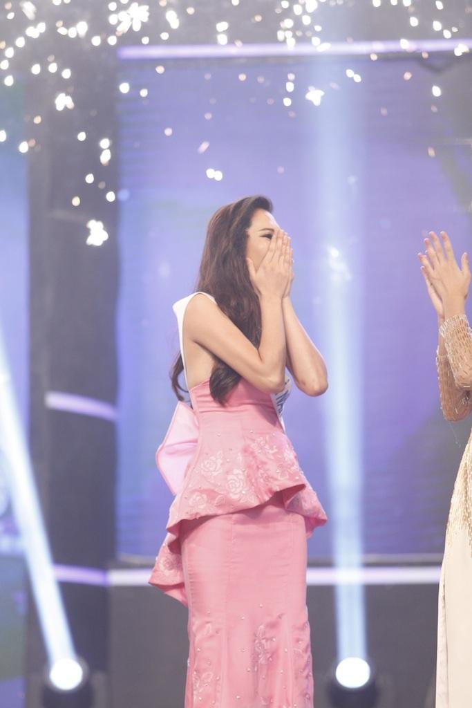 Những khoảnh khắc đẹp đêm chung kết Hoa khôi áo dài - 11