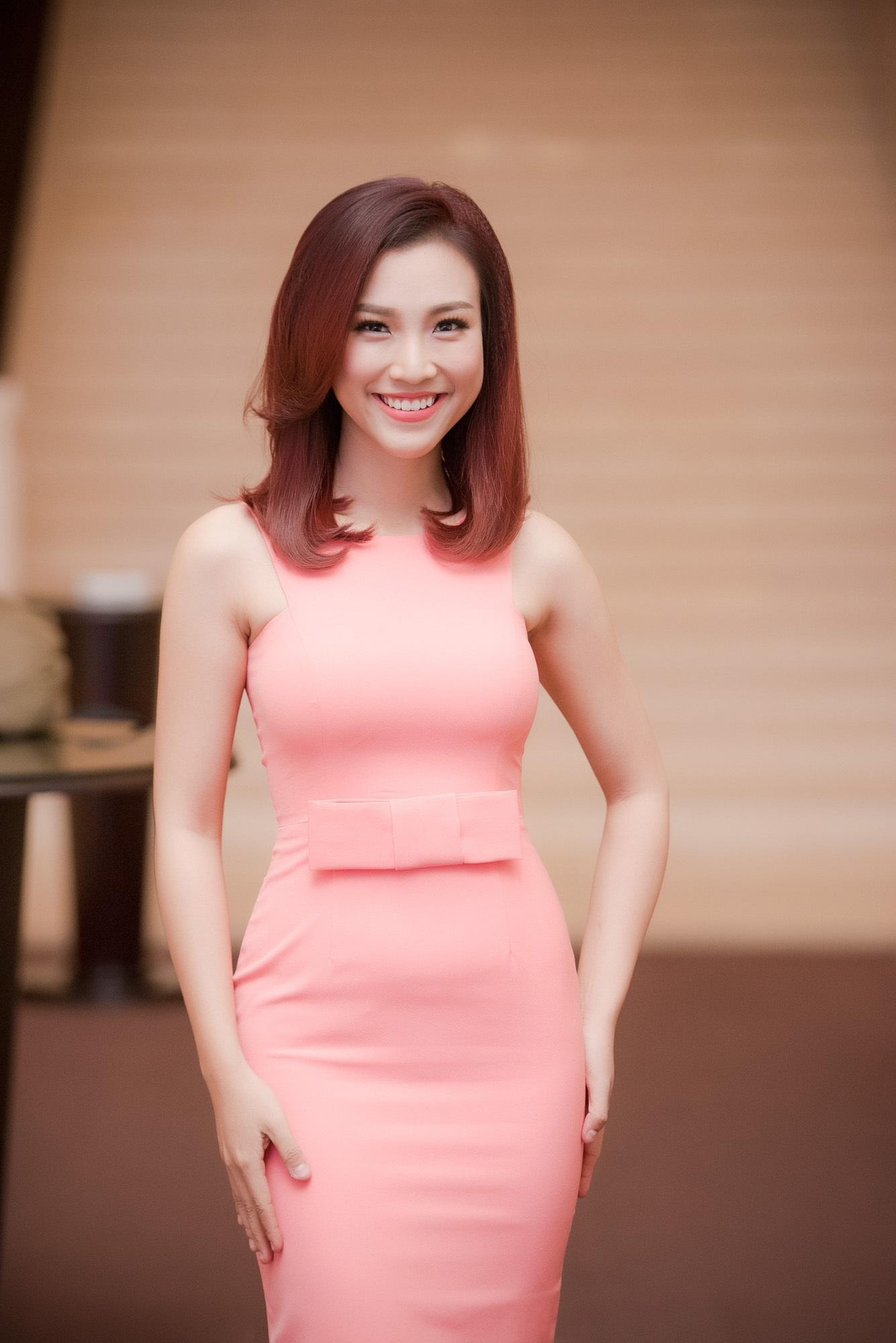 MC Hoàng Oanh sẽ là người dẫn chương trình cùng Bình Minh trong đêm chung kết HHVN 2016
