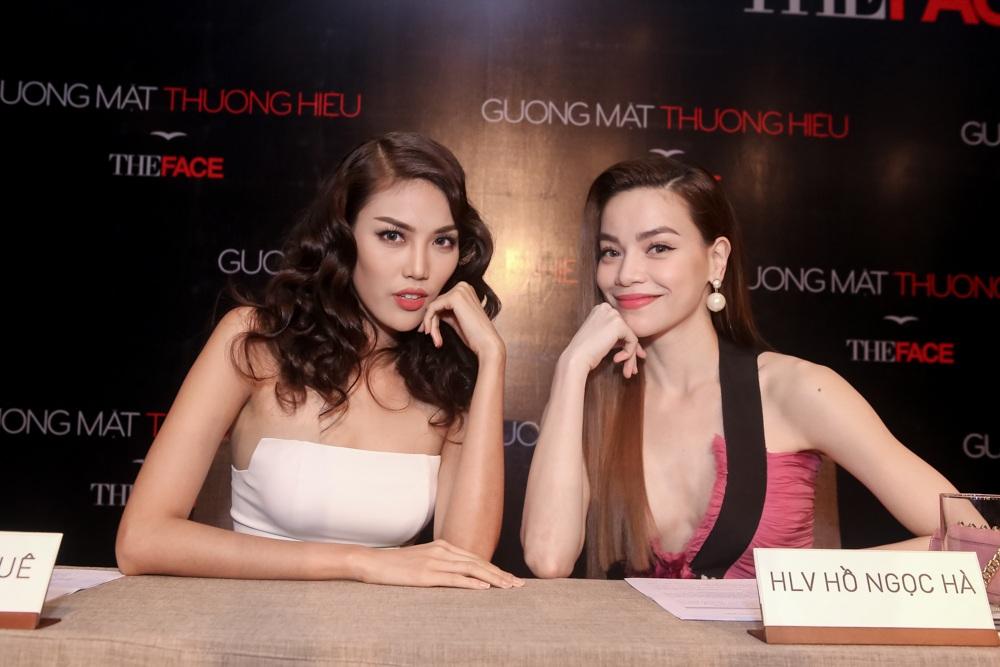 Hồ Ngọc Hà thân thiết cùng Lan Khuê. Top 10 hoa hậu Thế giới được cho là đóng vai ác trong chương trình lần này.