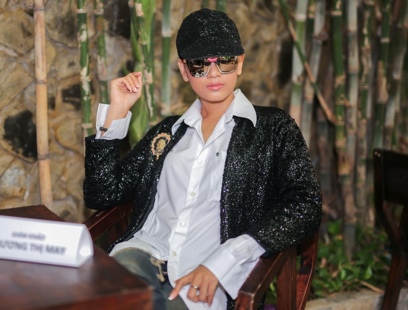 """Trương Thị Mây """"cực ngầu"""" thể hiện phong cách nam tính - 6"""