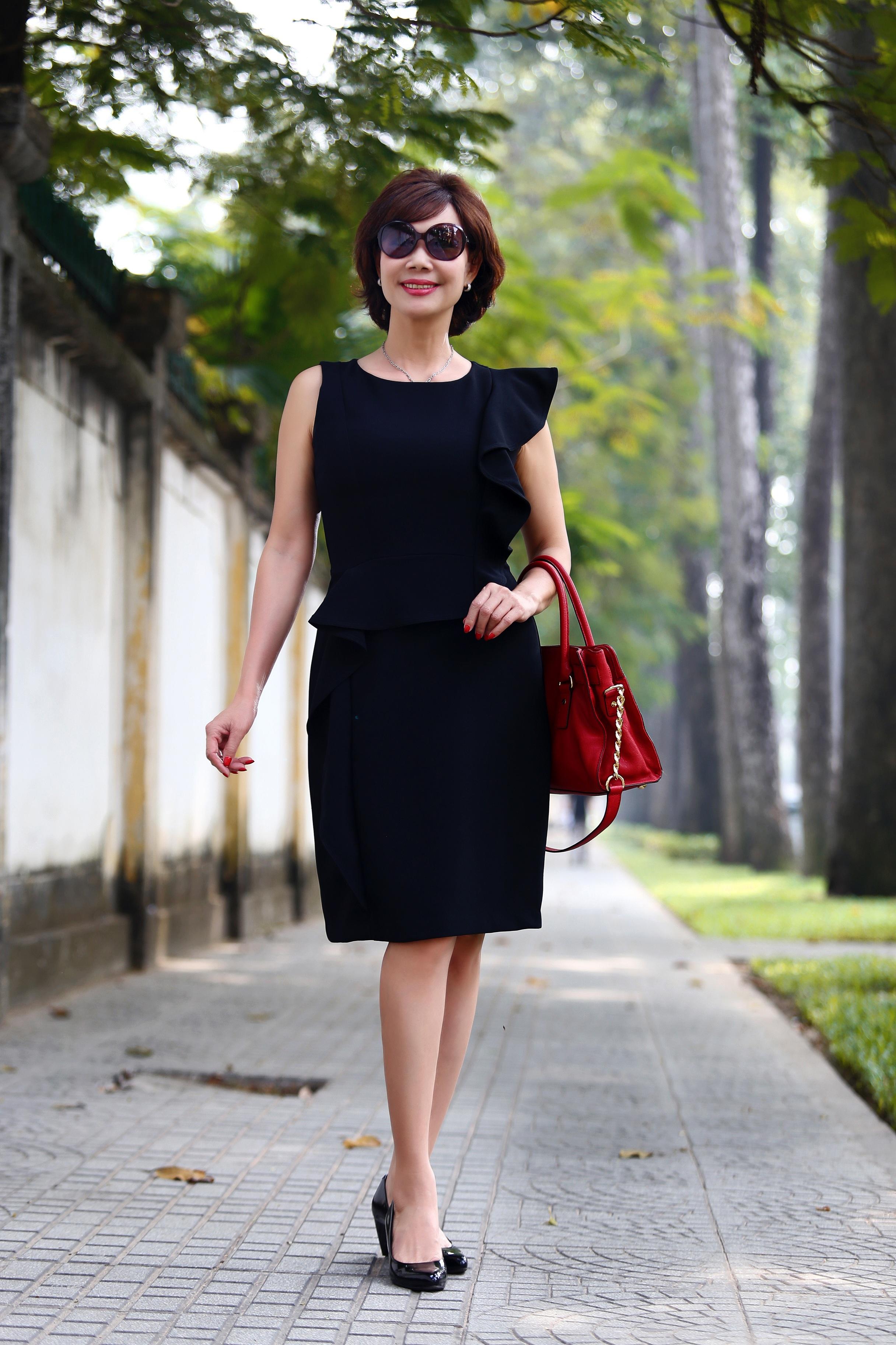 Hiện tại, PTV Thúy Hoa có cuộc sống khá thoải mái sau khi về hưu. Bà vẫn giữ được sự xinh đẹp của mình dù sắp bước sang tuổi lục tuần.