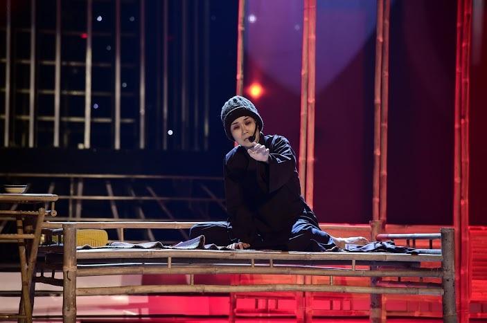 Mặc dù đây là lần đầu tiên phải hát cải lương nhưng Võ Hạ Trâm đã hoàn toàn chinh phục được cả 3 vị giám khảo.