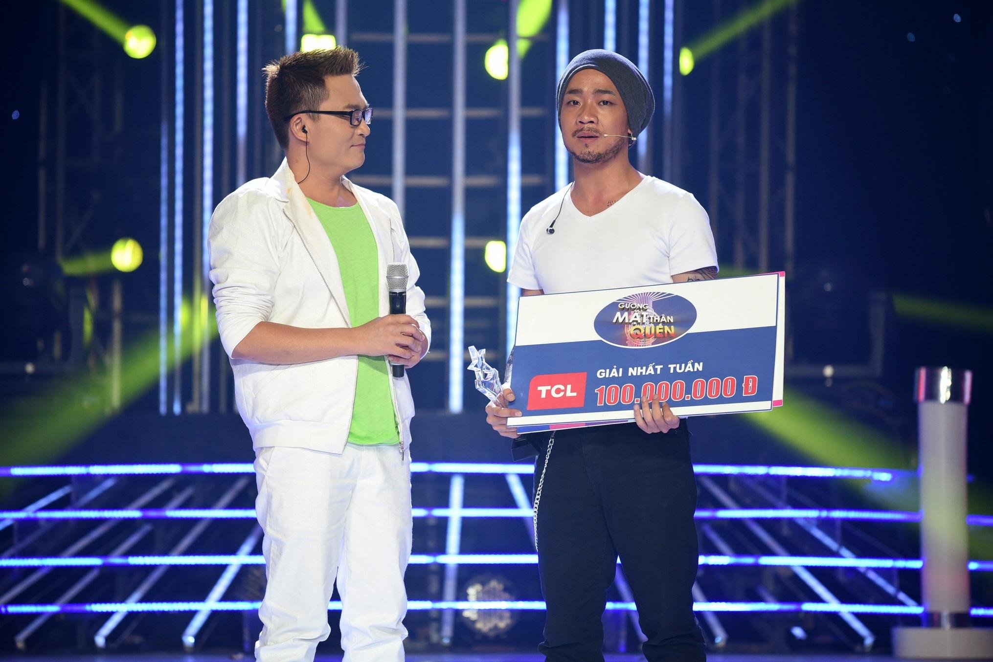 Với phần trình diễn ấn tượng và nhiều cảm xúc, Đỗ Duy Nam giành chiến thắng tuần 100 triệu trong phần thi hóa thân thành nghệ sĩ Trần Lập