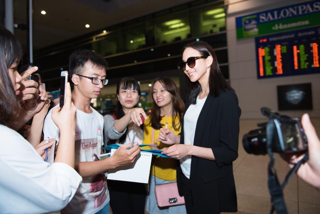 Từ Huệ Phi của phim Võ Mỵ Nương truyền kỳ tới Việt Nam - 2
