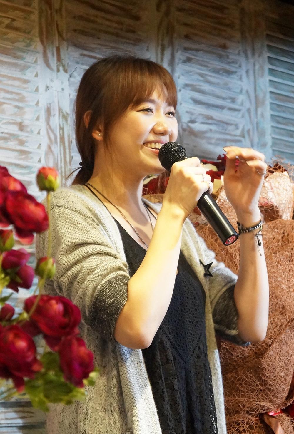 Choáng vì hành động lãng mạn Trấn Thành dành cho Hari Won - 4