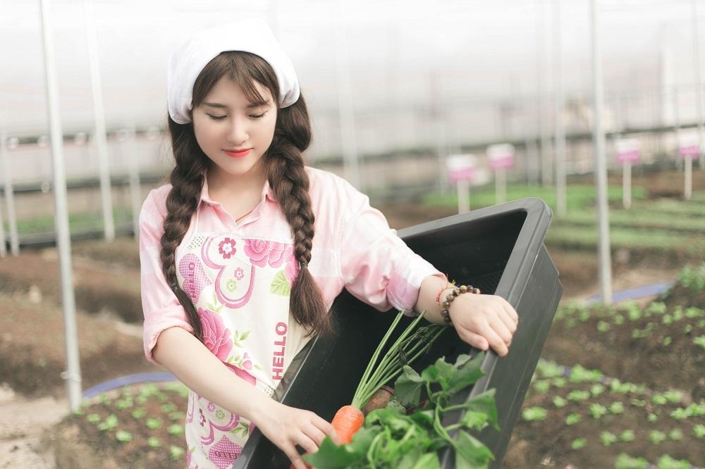 Hot girl 9x xinh đẹp kinh doanh dịch vụ rau sạch với dự án tiền tỷ - 1