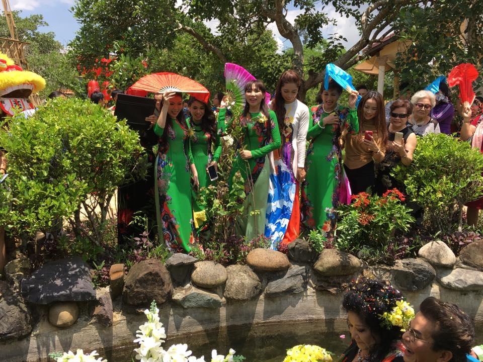 Lộ clip và ảnh đám cưới MC Thanh Bạch - 8