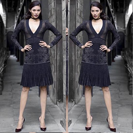 Bộ váy đen được Lan Khuê sử dụng trong thử thách catwalk đầu tiên.
