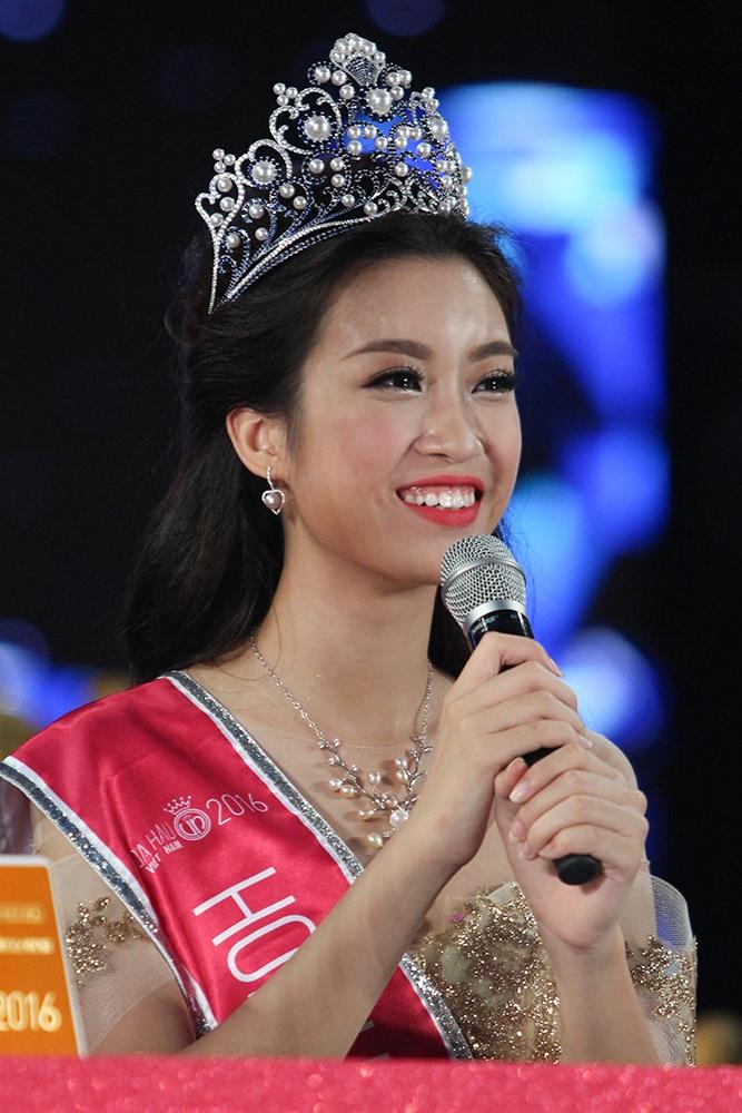 Ba cô gái đẹp nhất cuộc thi Hoa hậu Việt Nam 2016 - 6