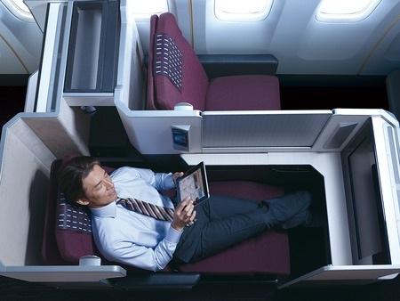 Thưởng thức hạng ghế phổ thông đặc biệt khi đi máy bay - 2