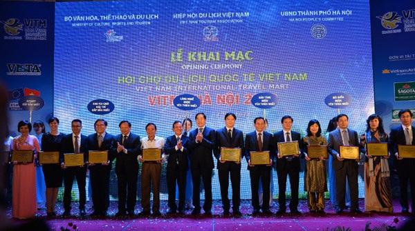 Vinpearl Phú Quốc và Vinpearl Land Nha Trang đạt giải thưởng - 1