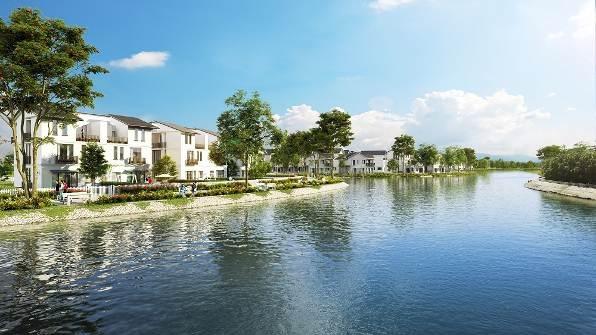 Mỗi căn biệt thự Vinhomes Thăng Long đều có sân trước, vườn sau và được tận hưởng hồ điều hòa nằm trong quần thể dự án.