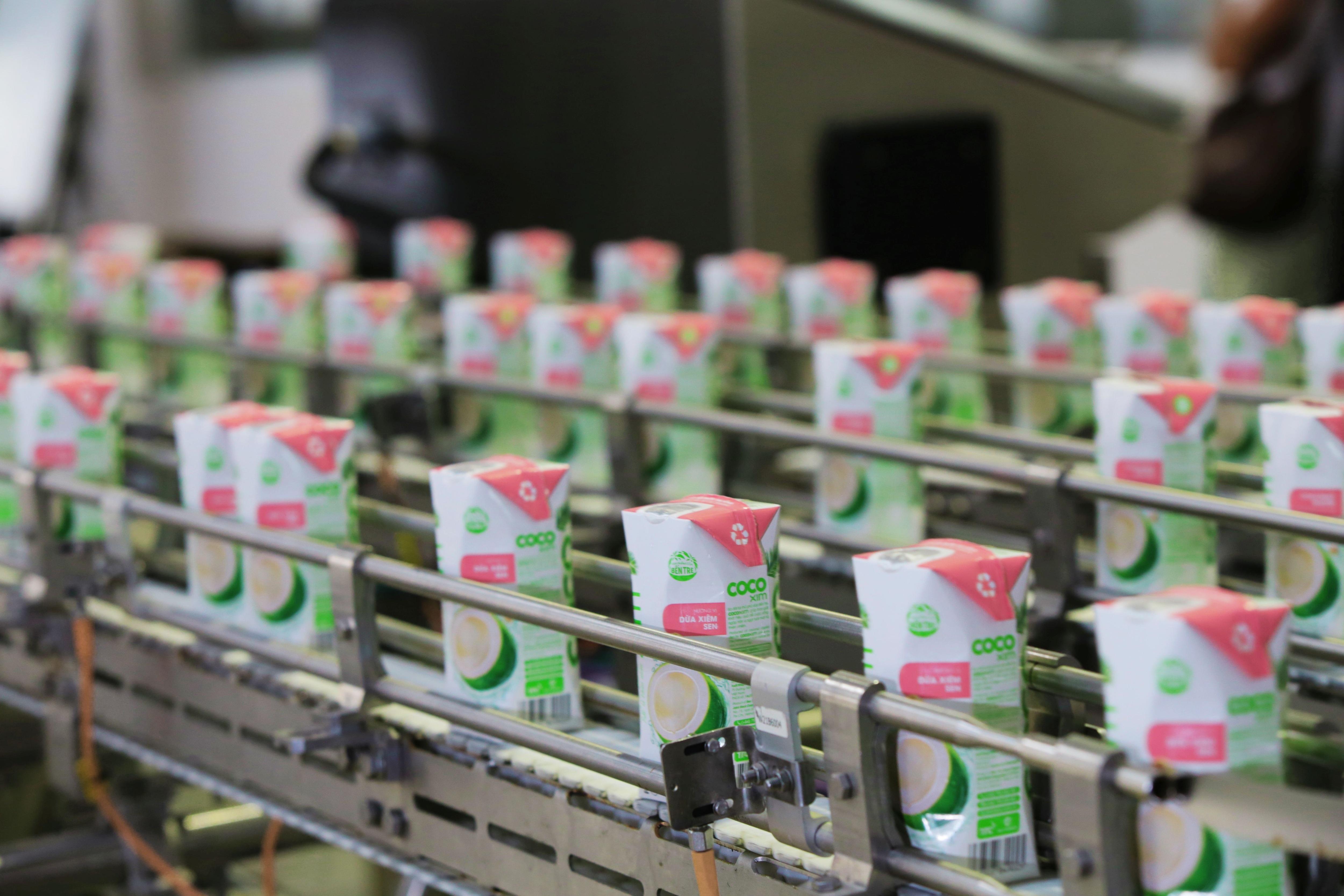 Nước dừa đóng hộp đầu tiên tại Việt Nam sử dụng dây chuyền công nghệ hàng đầu thế giới - 2