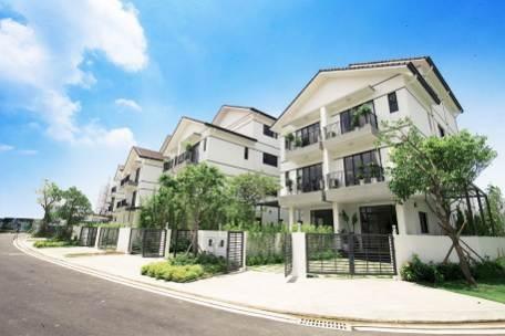 Nhà vườn song lập Long Phú với không gian xanh của vườn trước, sân sau ôm trọn ngôi nhà
