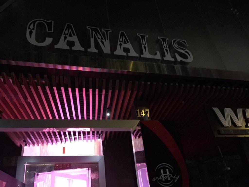 Quán bar Canalis bị kiểm tra