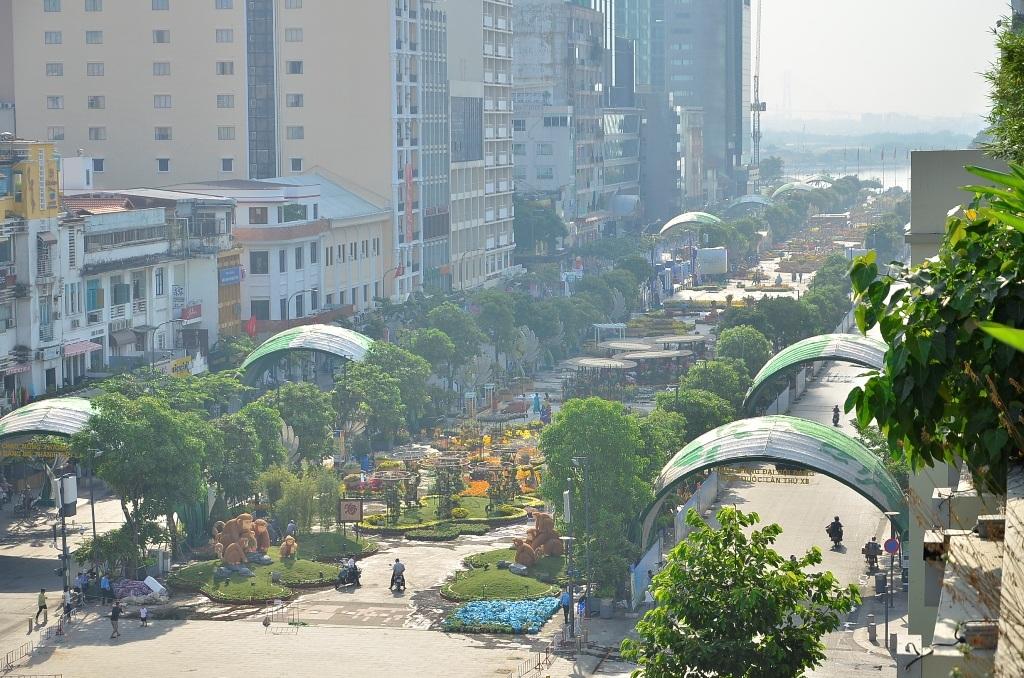 Toàn cảnh đường hoa Nguyễn Huệ 2016