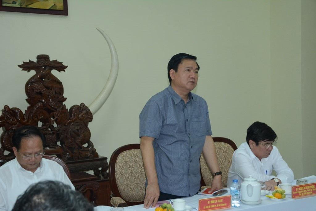Bí thư Thành ủy Đinh La Thăng yêu cầu trong 3 tháng tới, Công an TPHCM phải nỗ lực hơn nữa để tình hình tội phạm được kéo giảm một cách rõ rệt.