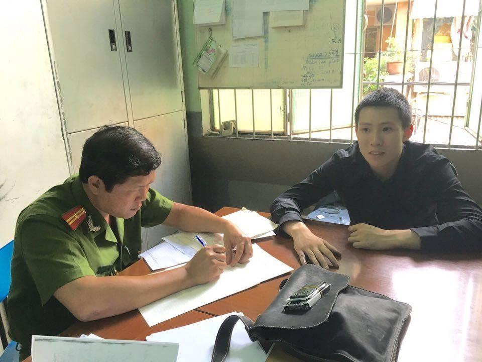 Lúc được mời về trụ sở làm việc, Nguyễn Hoàng Minh vẫn chưa thừa nhận có liên quan đến vụ giết xe ôm cướp tài sản